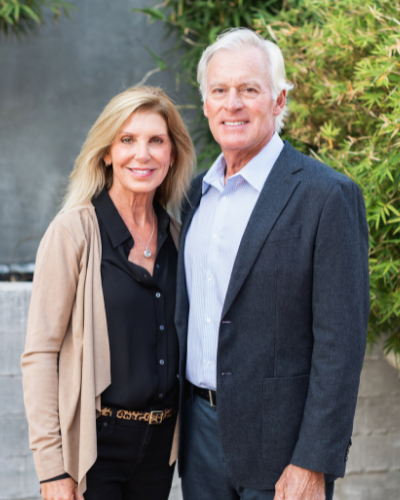 Portrait of Tracy and John Ronca